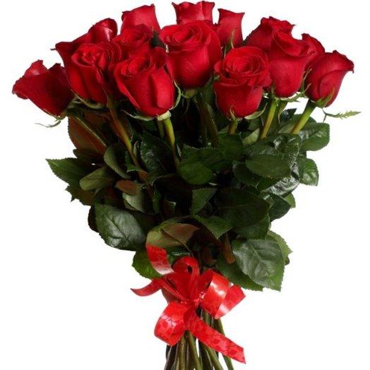 Букет из импортных роз: букеты цветов на заказ Flowwow