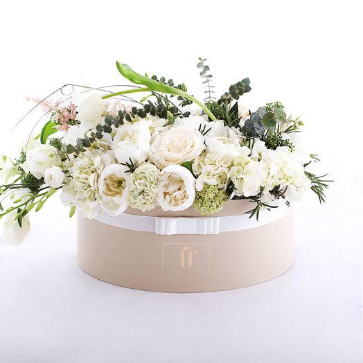 Айвори-Миндаль: букеты цветов на заказ Flowwow