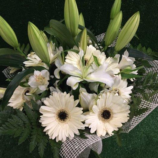 Букет белых цетов: букеты цветов на заказ Flowwow