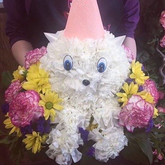 Композиция из цветов Пушистый котенок