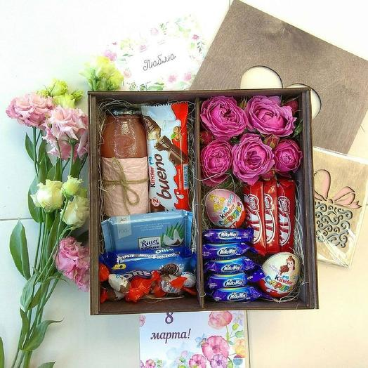 """Коробка со сладостями  """"Be happy"""": букеты цветов на заказ Flowwow"""