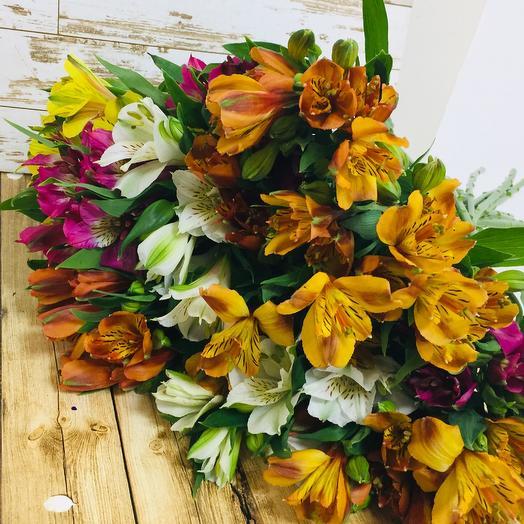 Красочный микс: букеты цветов на заказ Flowwow