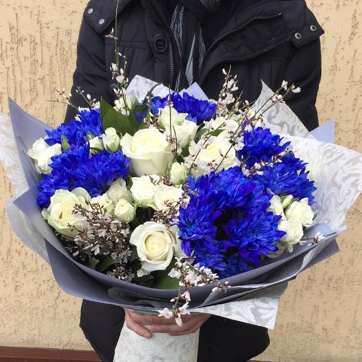 Сине-белый: букеты цветов на заказ Flowwow