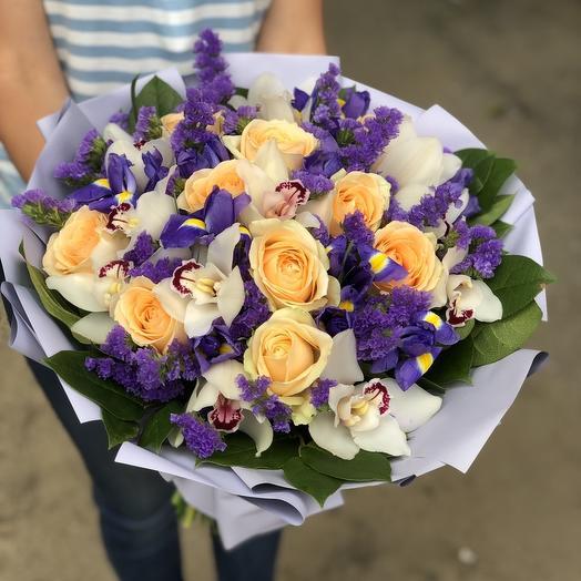 """Букет орхидей и ирисов """"Вечер любви"""""""