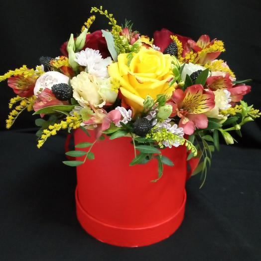 Сочная шляпная коробка: букеты цветов на заказ Flowwow