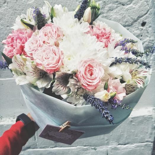 Нежный кругленький букетик: букеты цветов на заказ Flowwow