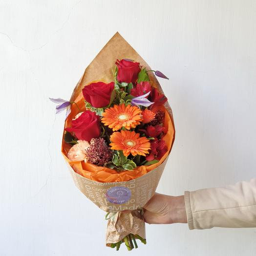 Букет из роз Яркий сюрприз: букеты цветов на заказ Flowwow