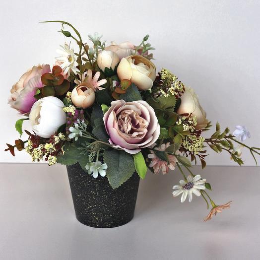 Композиция из искусственных цветов 400663: букеты цветов на заказ Flowwow
