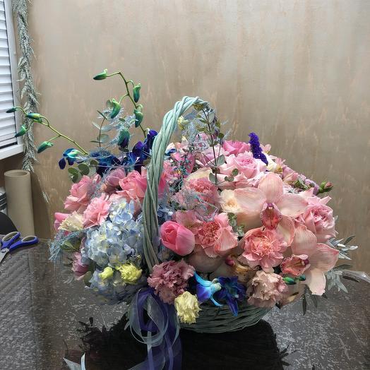Корзина любимой: букеты цветов на заказ Flowwow