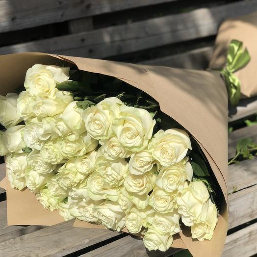 51 белая роза 70 см