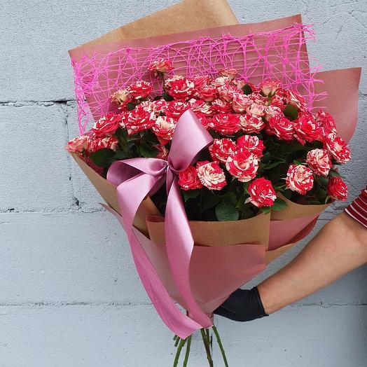 Монобукет кустовых мраморных роз