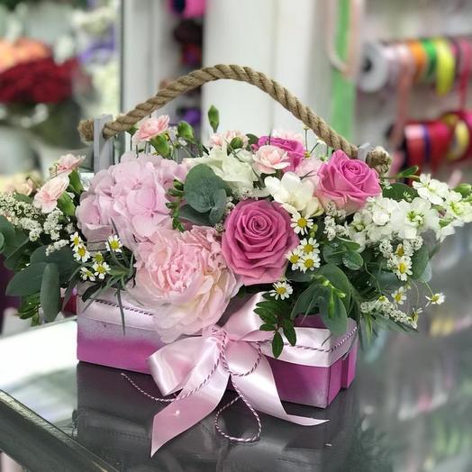 Ящик Нежность: букеты цветов на заказ Flowwow