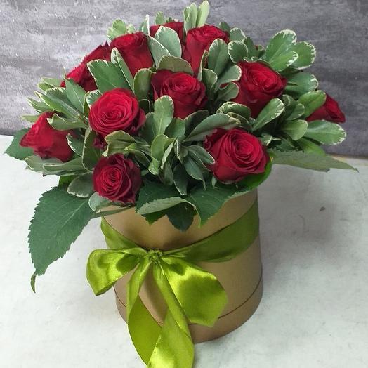 Роза на коробке