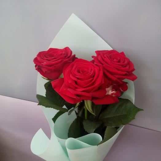 3 красные розы 💖
