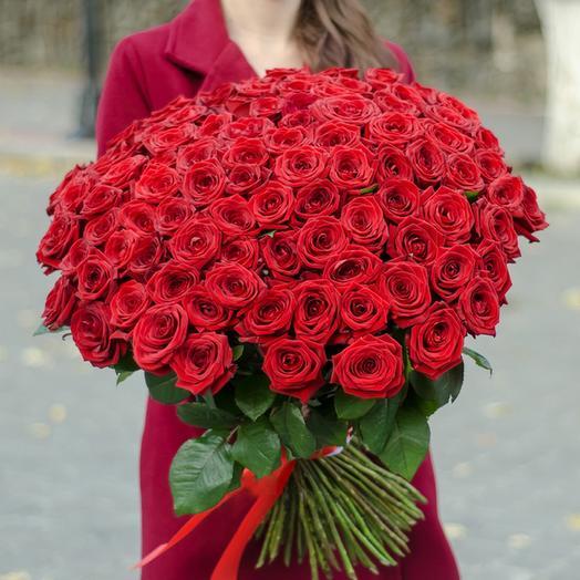 101 роз Ред наоми