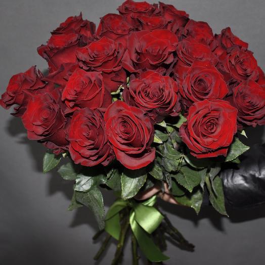 """Шикарная 21 роза """"Эксплорер"""" 60 см"""