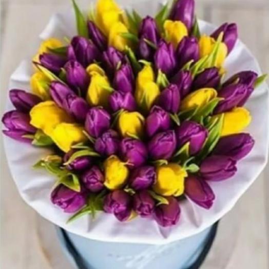 Тюльпаны в коробке