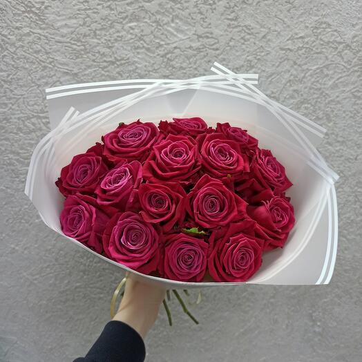 15 роз Шангрилла
