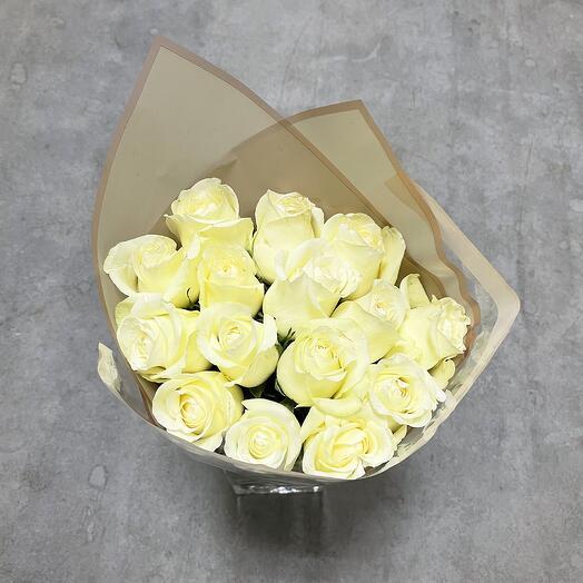 Монобукет из белых кенийских роз
