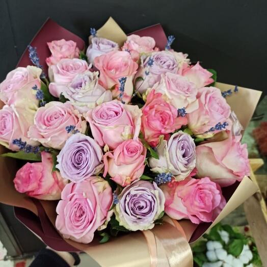 Роза микс с лавандой