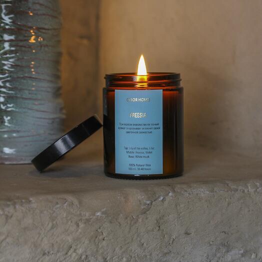 Свеча ароматическая Feesia, в янтарной стеклянной банке, CANDLE ME