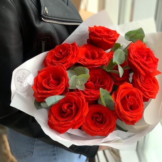 Моно алых роз