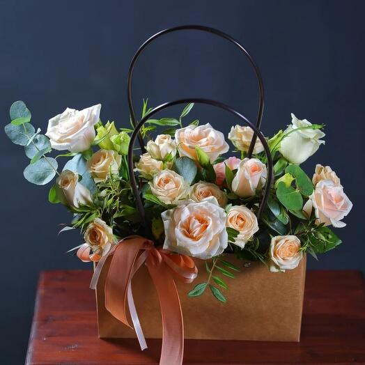 Крафтовая сумочка с цветами