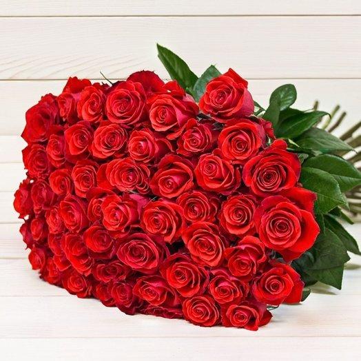 Букет из 51 красной голландской розы 60 см: букеты цветов на заказ Flowwow