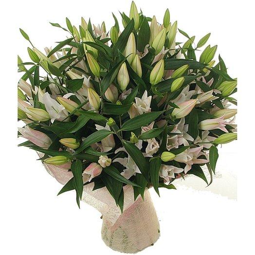Букет из лилий Лили Роуз: букеты цветов на заказ Flowwow