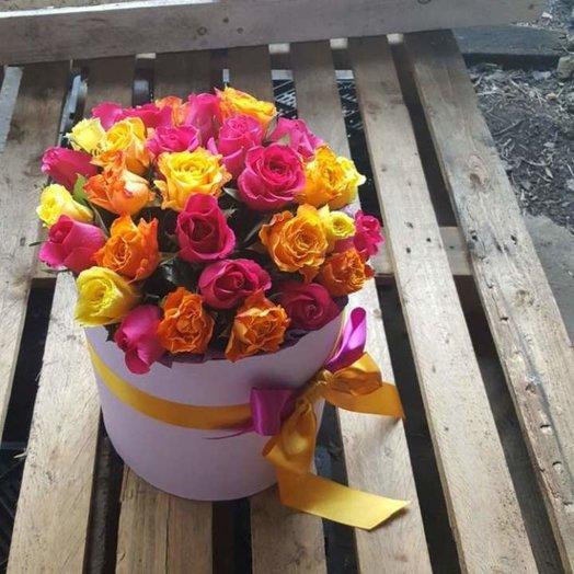 31 роза в коробочке: букеты цветов на заказ Flowwow