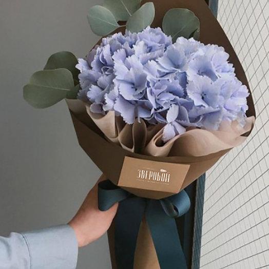 Гортензия в упаковке: букеты цветов на заказ Flowwow
