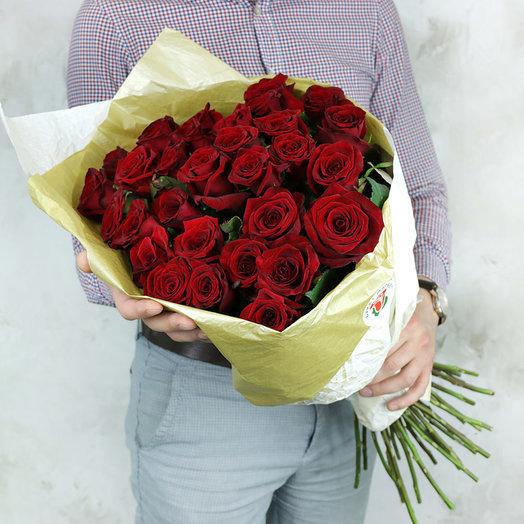 31 роза Ред Наоми в стильной упаковке