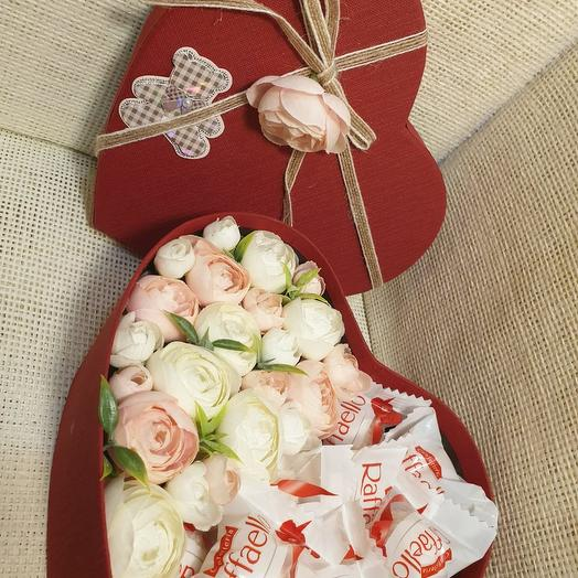 Сердце красное: букеты цветов на заказ Flowwow