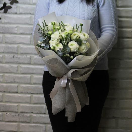 15 белых ранункулюсов: букеты цветов на заказ Flowwow