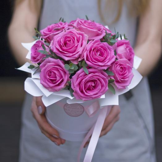Комплимент в коробке: розовый: букеты цветов на заказ Flowwow