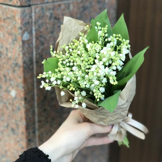 Ароматные ландыши по супер цене: букеты цветов на заказ Flowwow