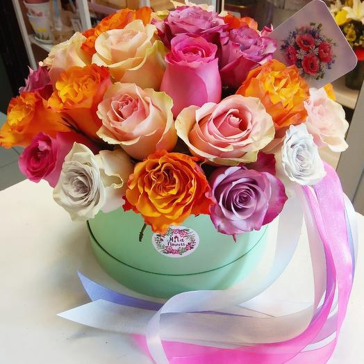 Розы микс в коробочке(33 шт.): букеты цветов на заказ Flowwow