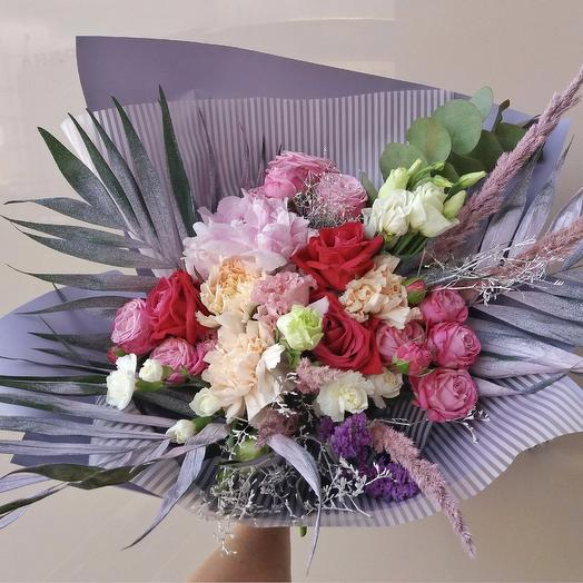 """A Bouquet Of """"Adelaide"""": flowers to order Flowwow"""