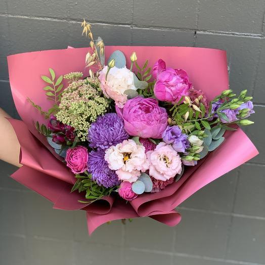 Страстно яркий: букеты цветов на заказ Flowwow