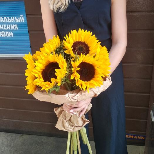 Огромные подсолнухи по супер цене: букеты цветов на заказ Flowwow