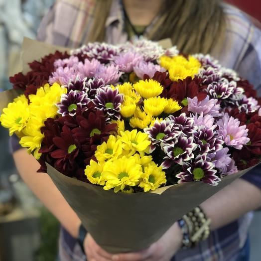 Охапка хризантем микс: букеты цветов на заказ Flowwow