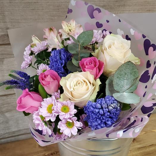 Гиацинты и розы: букеты цветов на заказ Flowwow