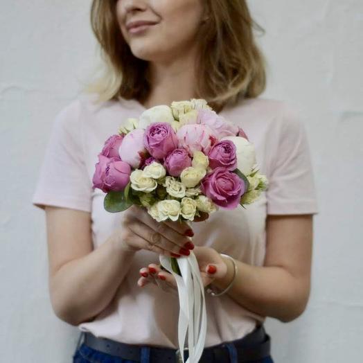 Букет невесты с пионами и пионовидными розами Мисти Бабблз: букеты цветов на заказ Flowwow