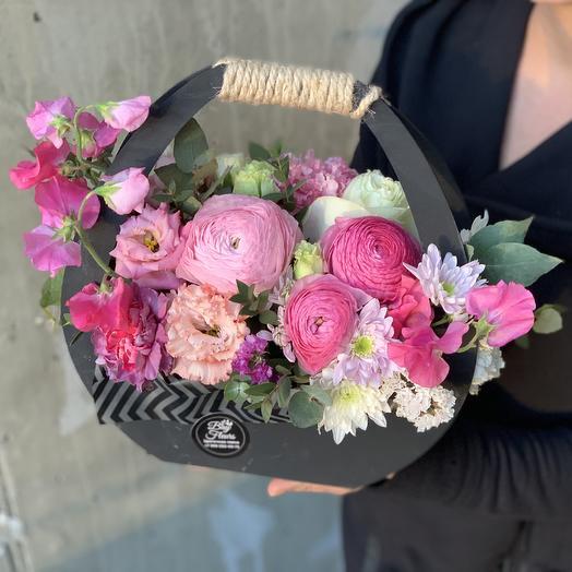 Сумочка с цветами «Розовый стиль»: букеты цветов на заказ Flowwow