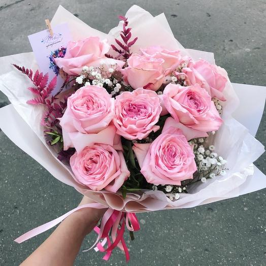 Букет с парфюмированной розой 9 шт