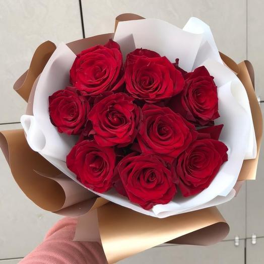 Букет из 9 роз бордо
