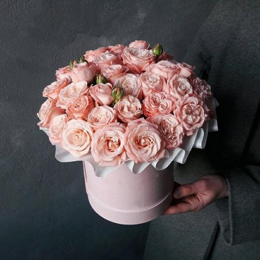 "Коробка""15 кустовых роз Бомбастик"""