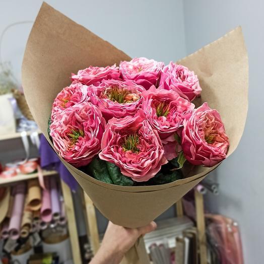 Пионовидные розы Ридженс Парк
