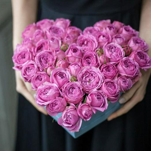 """Коробка пионовидных роз""""Розовое сердце"""""""