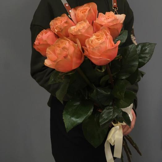 7 пионовидных роз Кахал
